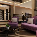 Гостиная в коричнево-фиолетовых тонах