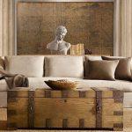Сундук вместо мебели в интерьере лофт