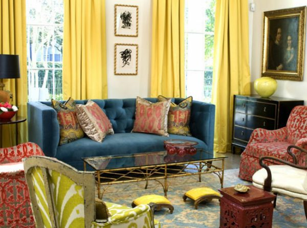 Сочетание синего и желтого цвета в интерьере