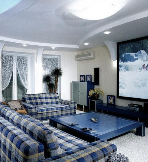 Интерьер гостиной в синем цвете.