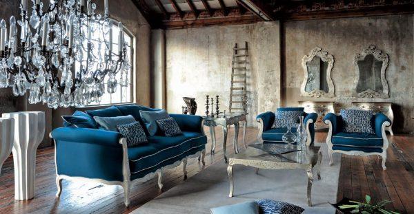 Синий диван в интерьере лофт