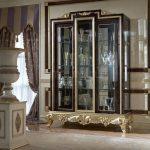 Коллекция элитных шкафов витрин
