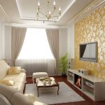 Желтые обои в классической гостиной