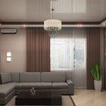 Белый глянцевый потолок в маленькой гостиной