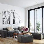 Современная картина над диваном в гостиной