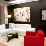 Белый угловой диван в современной гостиной