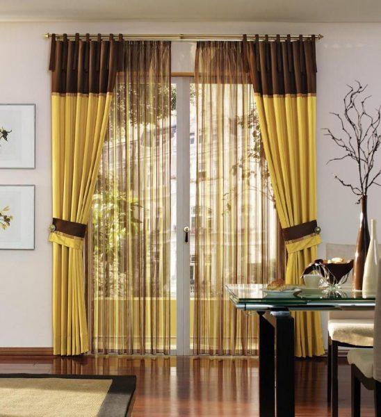 Современные шторы ванильного оттенка, для гостиной.