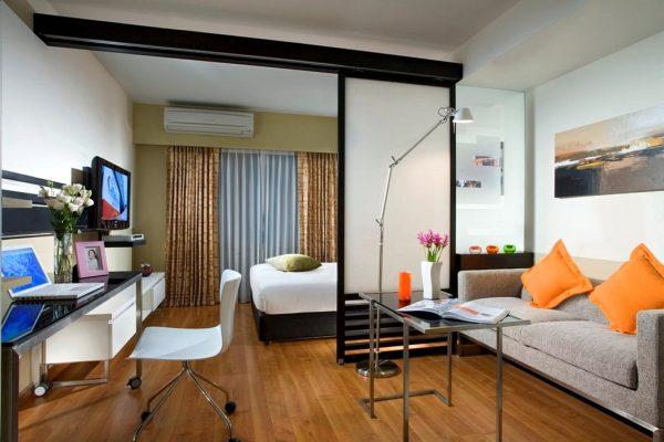 Яркие элементы декора - диванные подушки