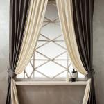 Комбинированный комплект штор на универсальной шторной ленте из атласной портьерной ткани